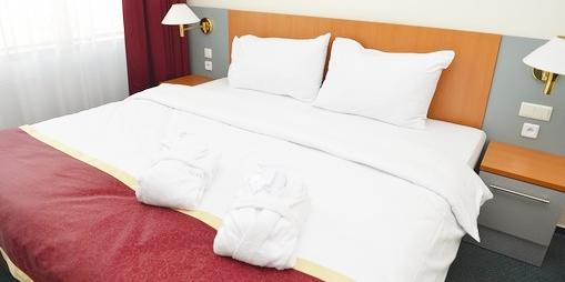 ホテルハネムーン【客室清掃スタッフ】の求人募集画像